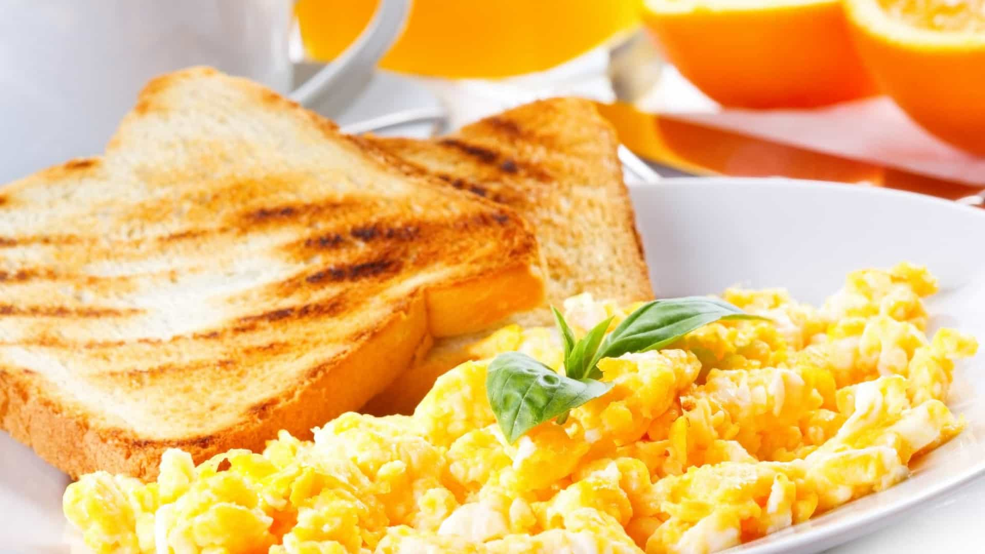 Os quatro melhores alimentos que pode comer no café da manhã
