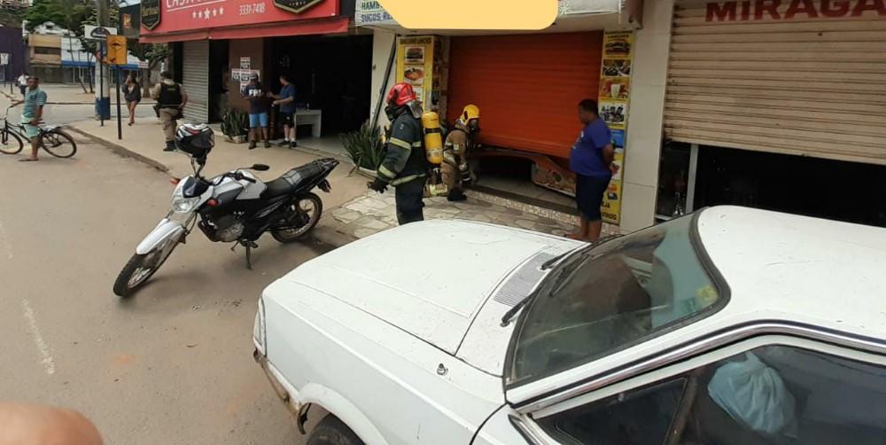 Bombeiros Militar de Manhuaçu atende chamada de principio de incêndio próximo a rodoviária