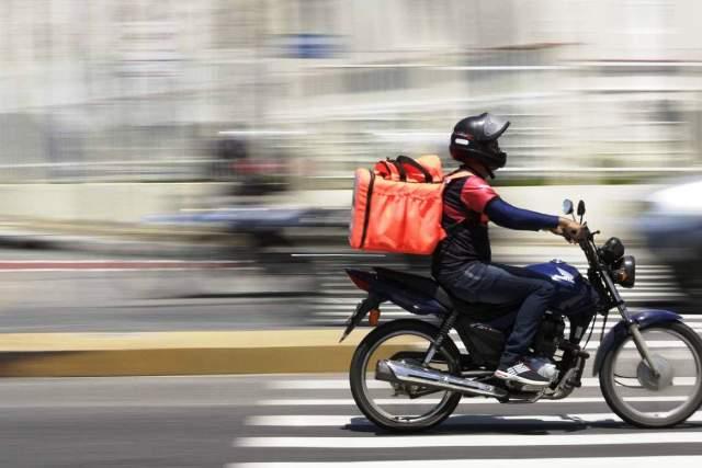 Bandidos tentam roubar motoboy no Sagrada Família em Manhuaçu
