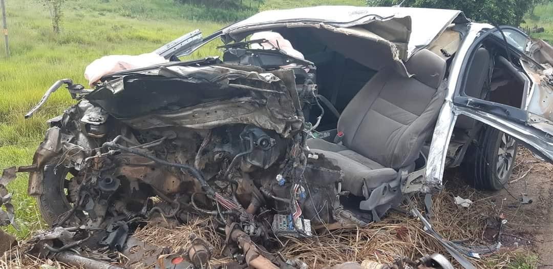 Motorista morre em acidente depois de atirar contra atual da ex mulher