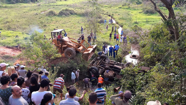 Motorista de guincho morre em acidente na estrada de Caputira