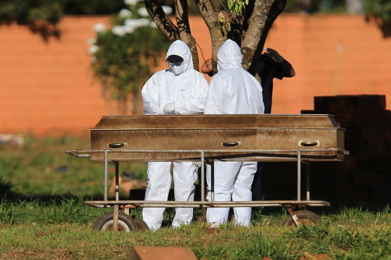 Com 1.291 mortes, Brasil chega a 228 mil óbitos causados pela Covid-19, mostra boletim de imprensa