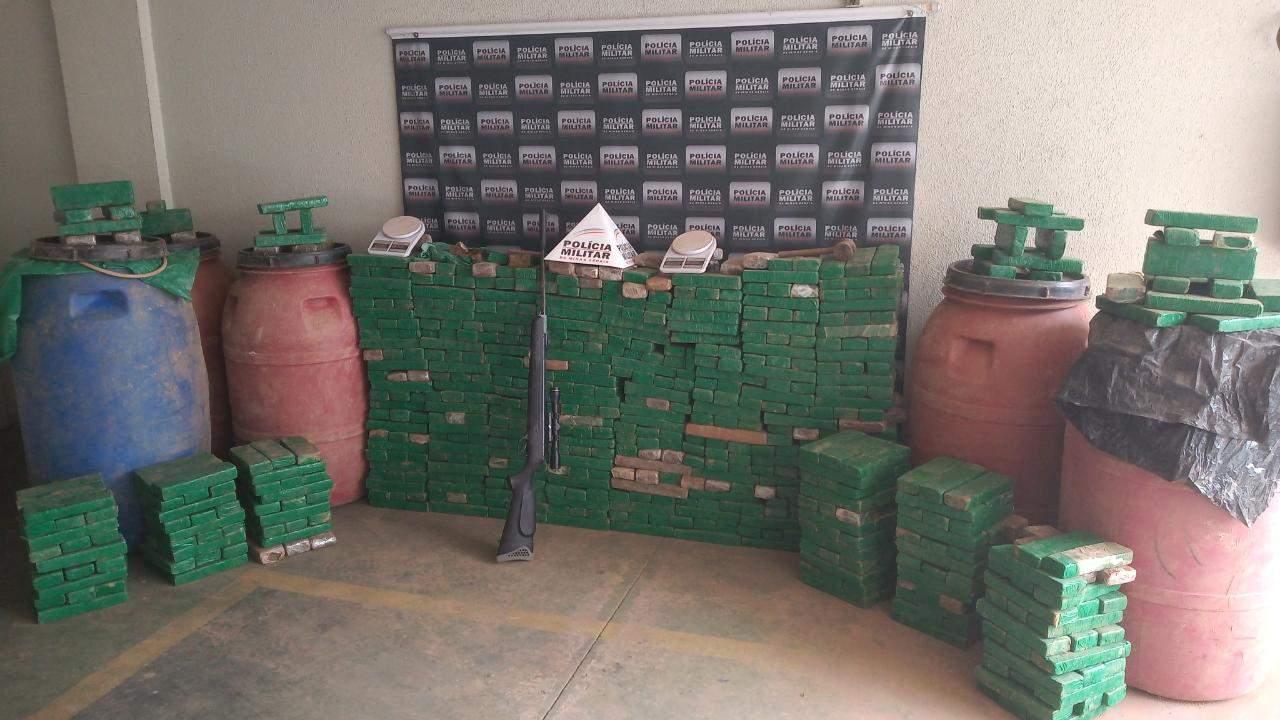 Polícia apreende 750 quilos de maconha
