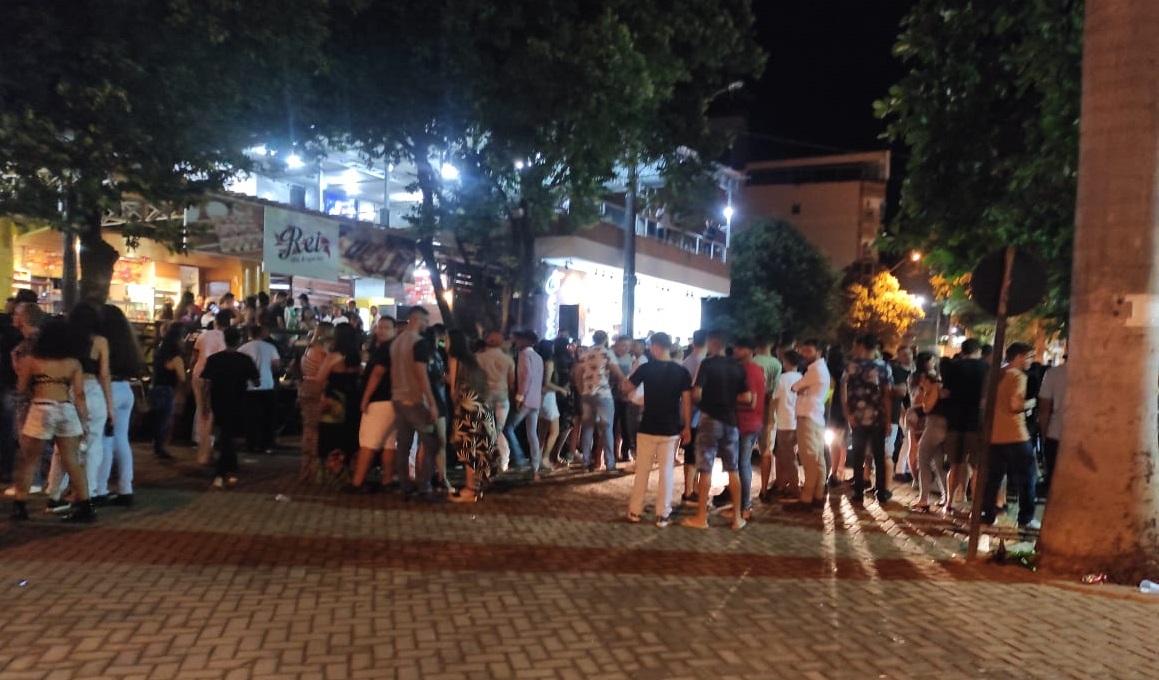 Matipó tem bares com aglomeração após flexibilização