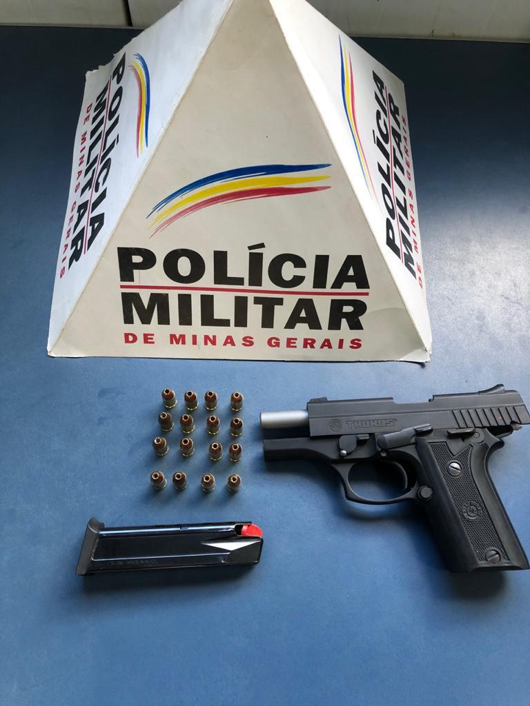 PM retira arma de fogo de circulação em Manhuaçu
