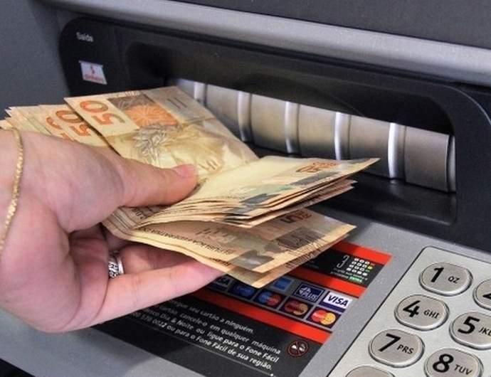 Governo de Minas anuncia escala de pagamento de março e data para quitação do 13º de todos os servidores