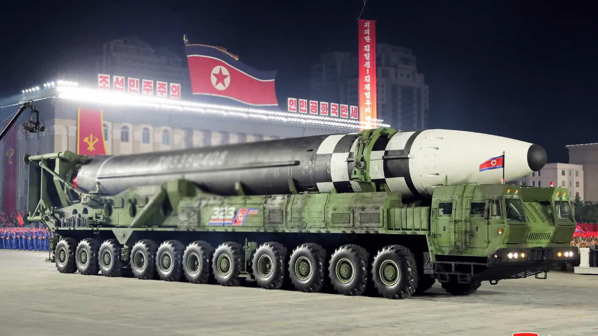 Japão condena novo lançamento de mísseis pela Coreia do Norte