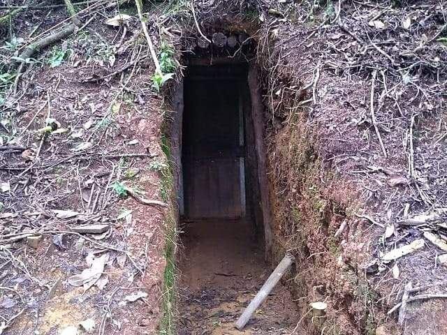 Polícia flagra túnel de mineração ilegal na região do Caparaó