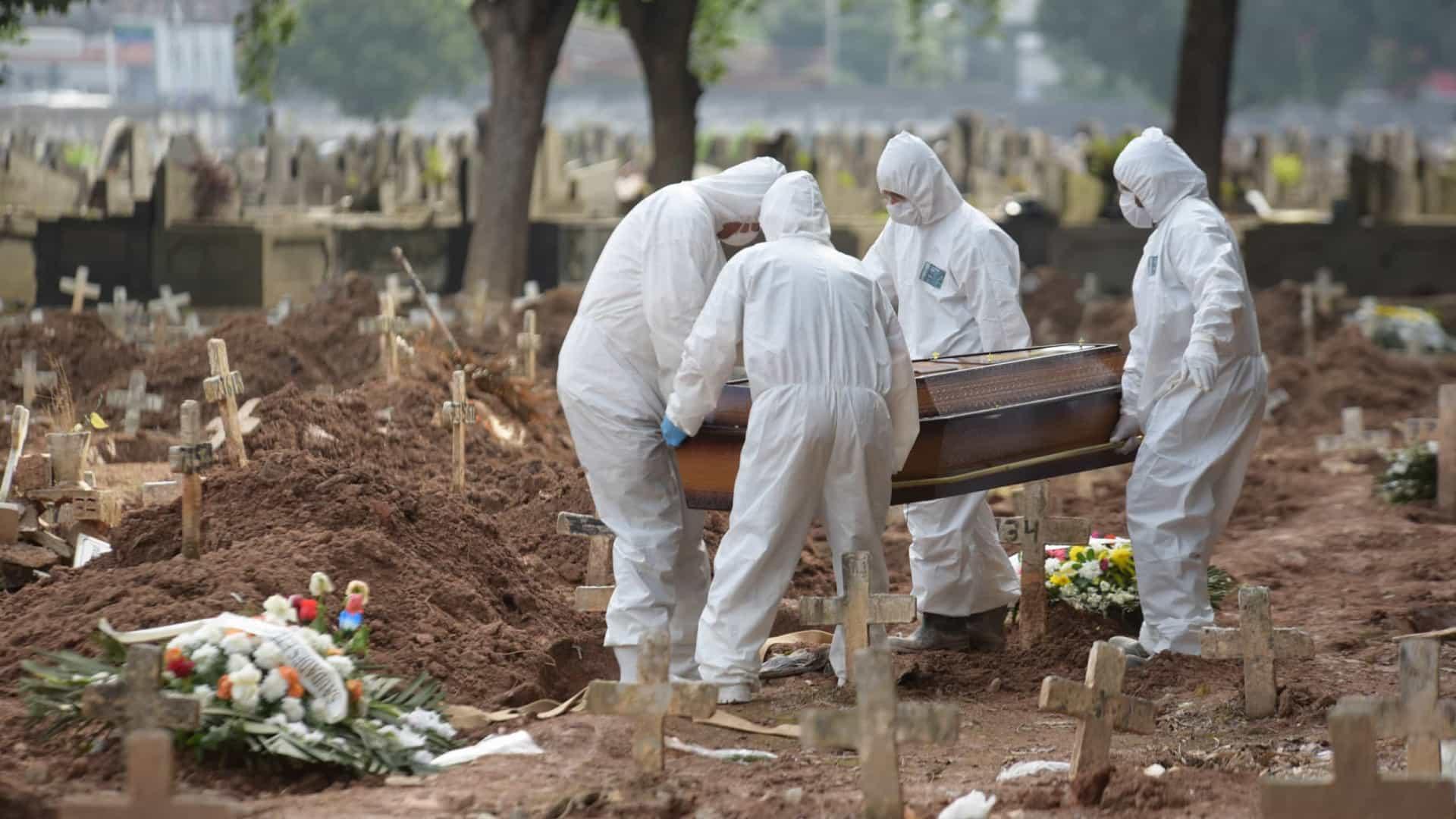 Última semana teve mais mortes do que primeiros 72 dias de pandemia no Brasil