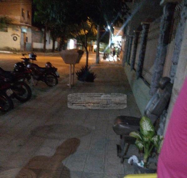 Menina ignora toque de recolher e é assassinada a tiros em Valadares