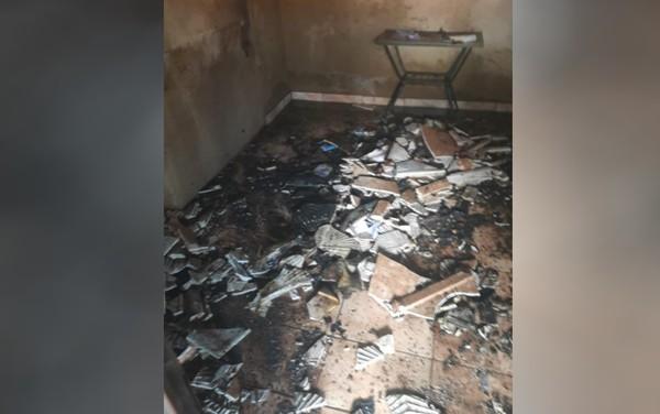Adolescente coloca fogo em casa após mãe não deixá-lo jogar em celular