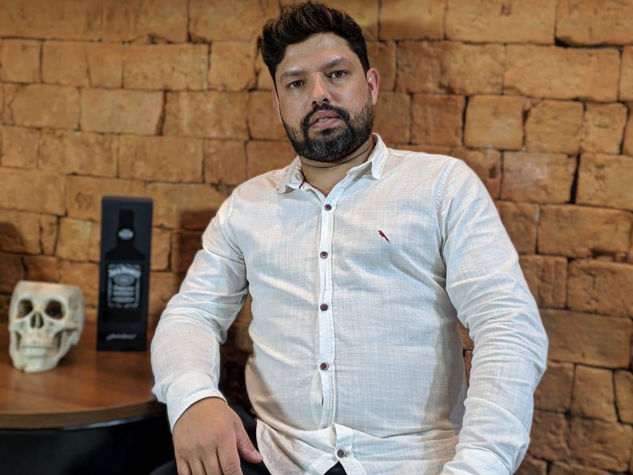 Manhuaçu: Barbeiro se destaca no mercado em plena pandemia