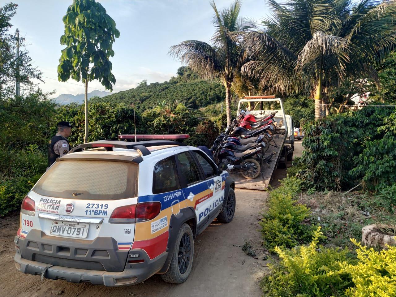 Polícia Militar prende 06 condutores e apreende 06 motos por crime de trânsito no loteamento Villareal em Vilanova.