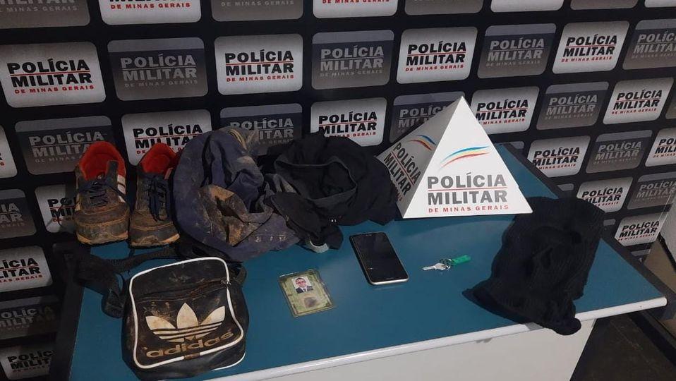 Homem agride morador da zona rural de Manhuaçu, rouba carro e é preso