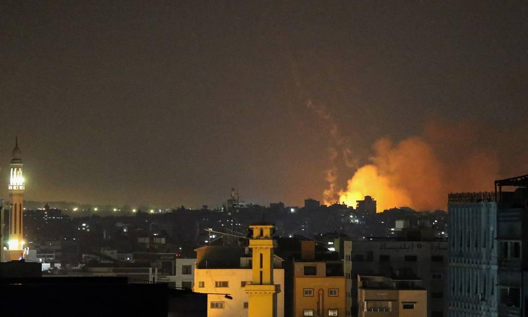 Israel inicia incursão por terra na Faixa de Gaza