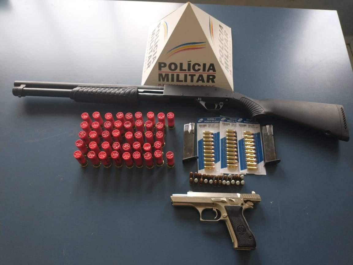 Armas e munições apreendidas em Martins Soares