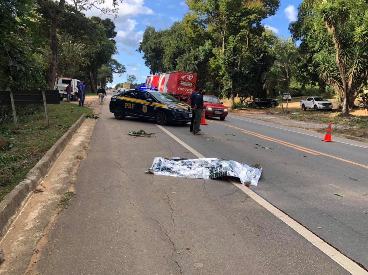 Homem morre atropelado na BR-116
