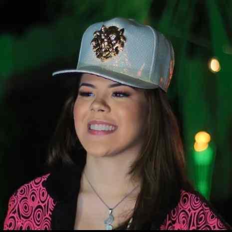 Japinha diz que o fato de ser uma asiática cantando forró atraiu os fãs