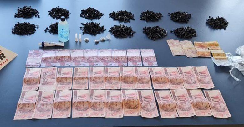 PM apreende menores com drogas e notas falsas em Martins Soares