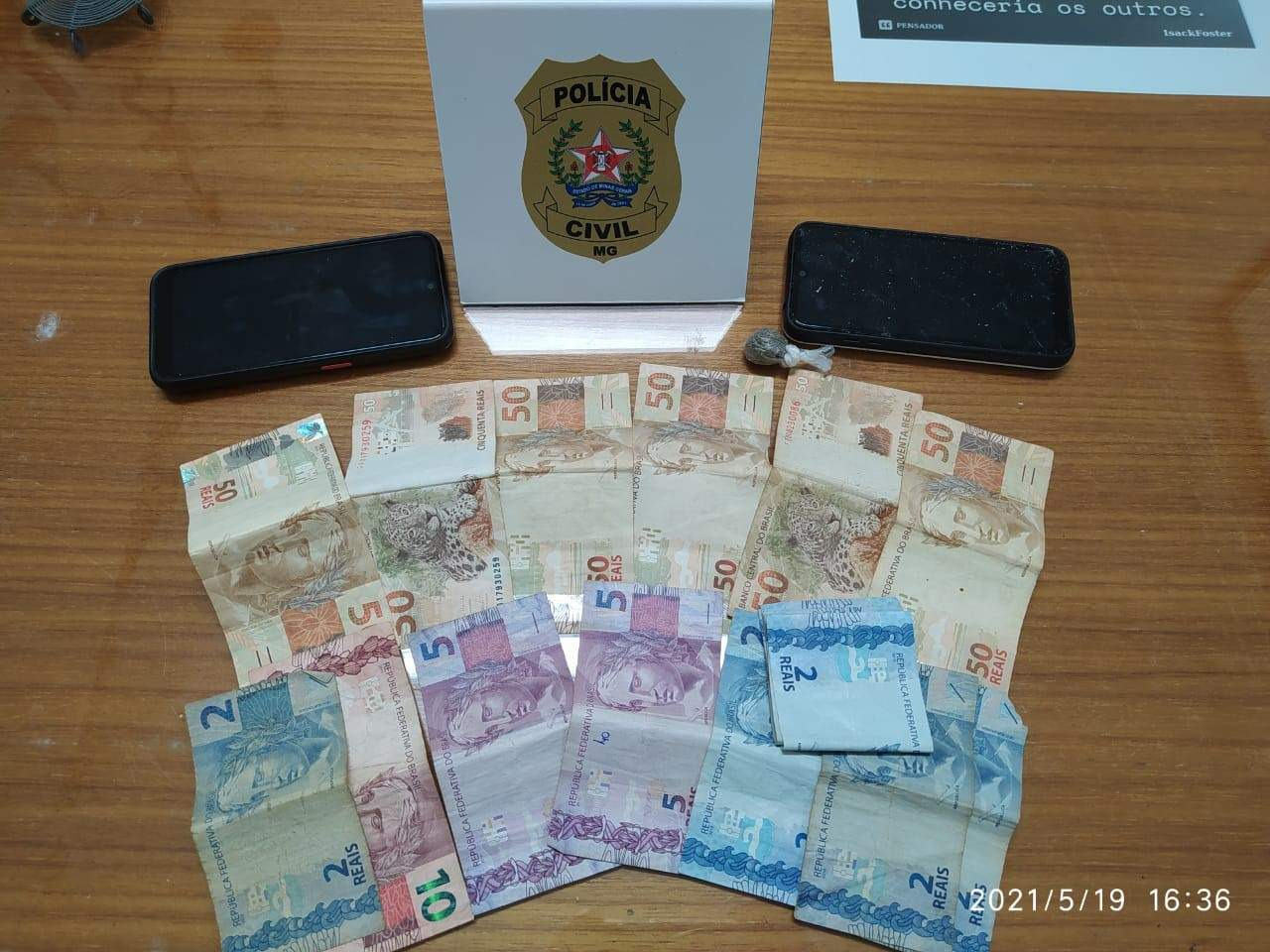 Operação das polícias Civil e Militar prende traficante e recolhe dinheiro e drogas