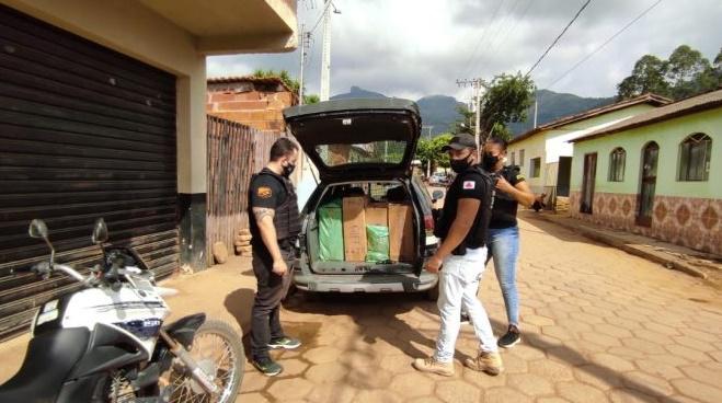 PC apreende arma e outros materiais no distrito de Vila Nova