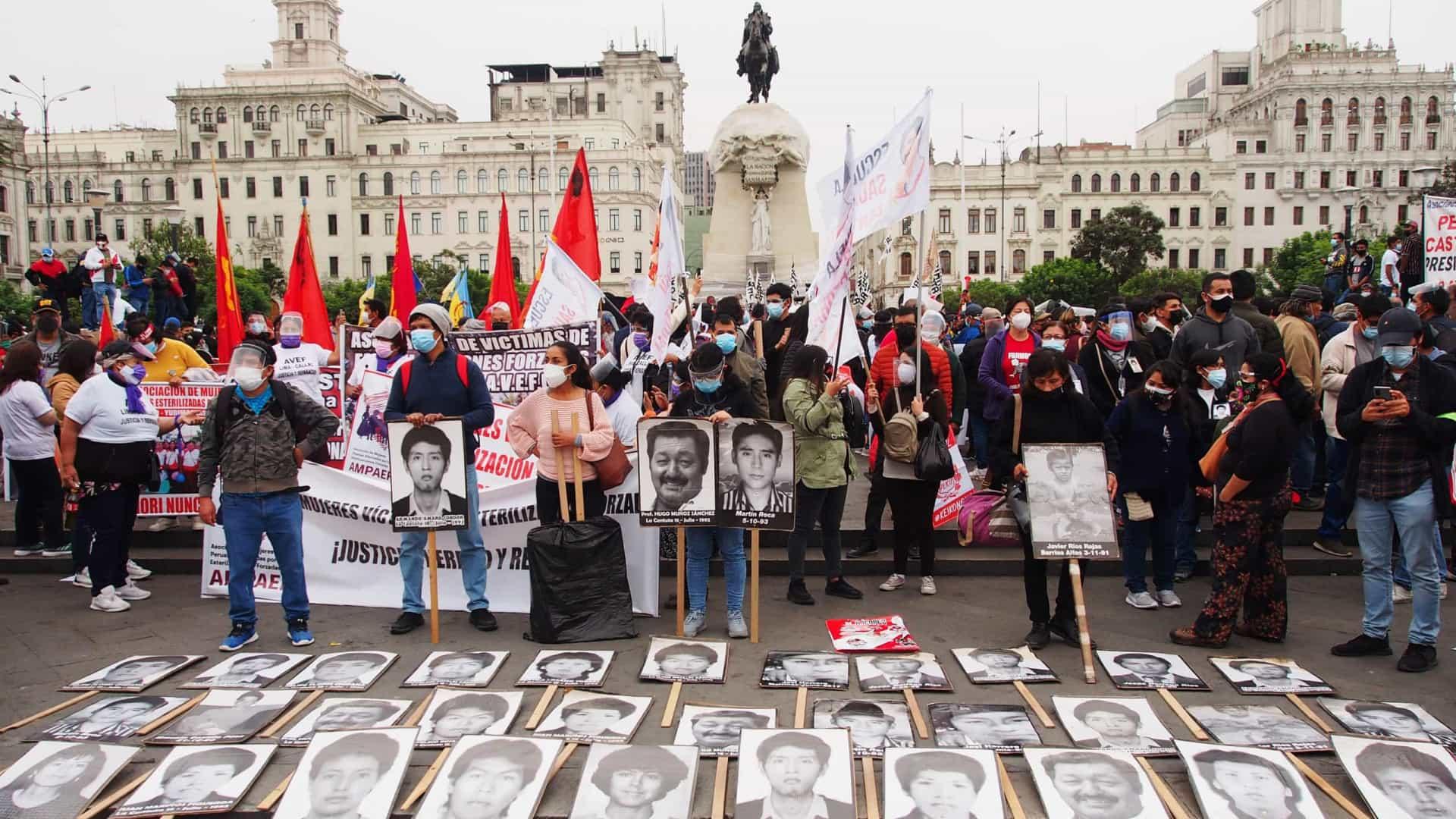 A duas semanas do 2º turno, atentado deixa ao menos 14 mortos no Peru