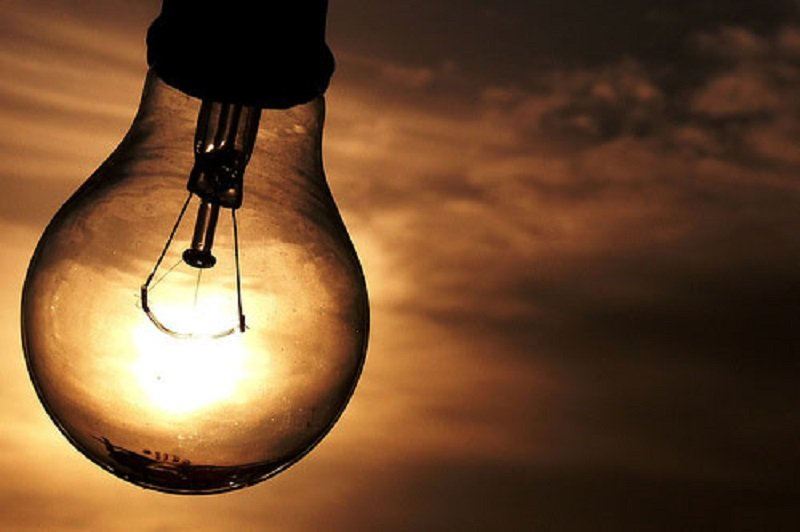 Aneel analisa prorrogar veto a corte de energia