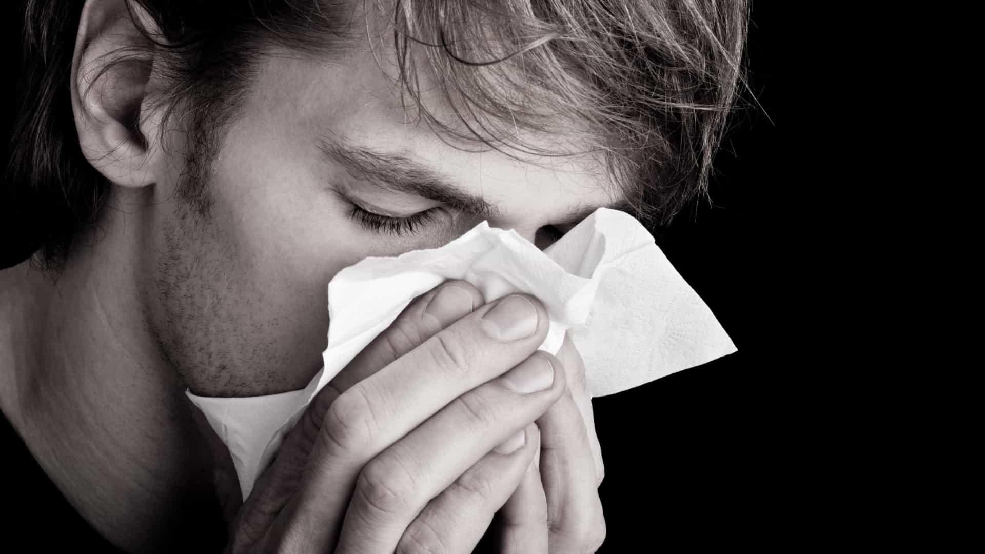 Sintomas da Covid podem se confundir com os de gripe e resfriado