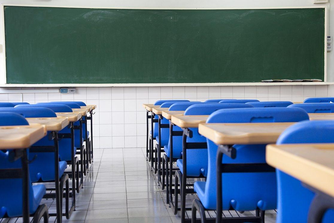 Governo de Minas divulga novo protocolo para volta às aulas presenciais